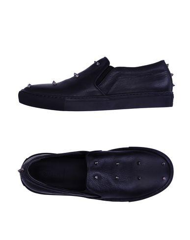 Низкие кеды и кроссовки ALEXANDER MCQUEEN 11194911IA