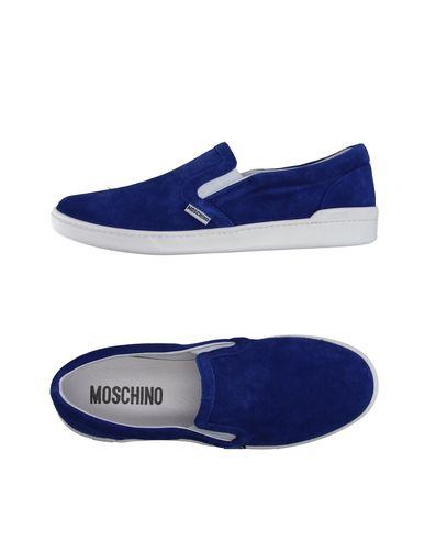 Низкие кеды и кроссовки MOSCHINO 11196712TJ