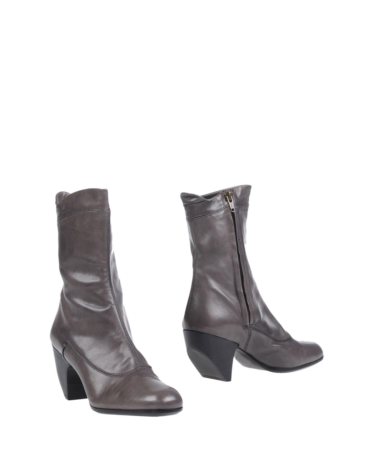 marc jacobs female marc jacobs ankle boots