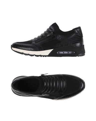 Низкие кеды и кроссовки ASH 11200682BU