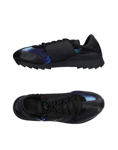 Низкие кеды и кроссовки Y-3 11213426IW