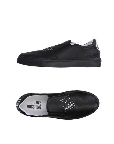 Низкие кеды и кроссовки LOVE MOSCHINO 11224907MV