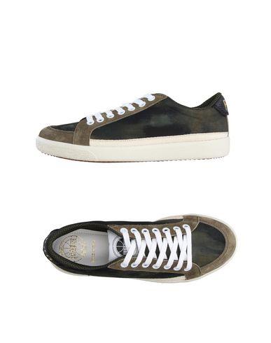Низкие кеды и кроссовки PANTOFOLA D'ORO 11228216DP