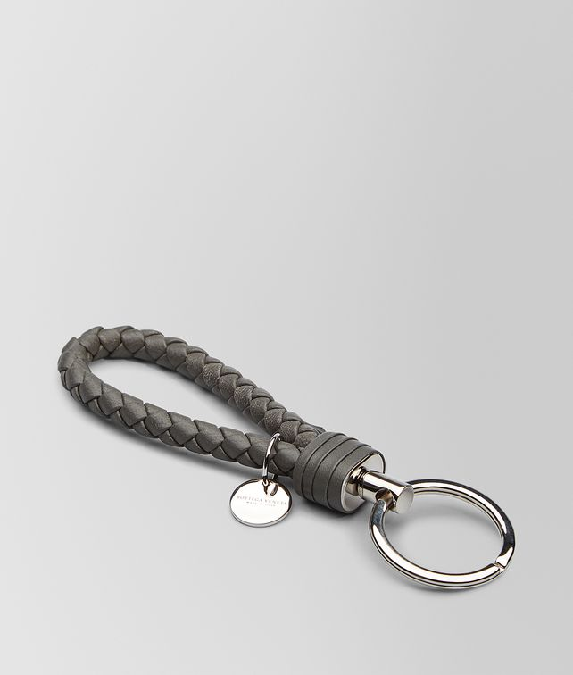 BOTTEGA VENETA KEY RING IN NEW LIGHT GREY INTRECCIATO NAPPA Keyring or Bracelets E fp