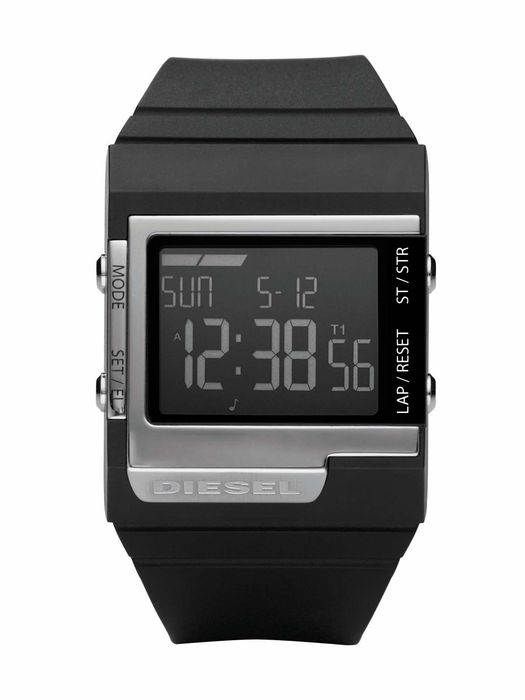 Пол: Мужские Модельный ряд: Digital Механизм: Электронные часы Водоупорность: WR 50. Часы наручные Diesel /DZ7130