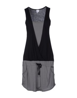 BENCH - ПЛАТЬЯ - Короткие платья