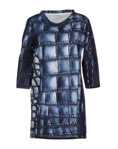 Короткое платье EMMA COOK 34451678VL