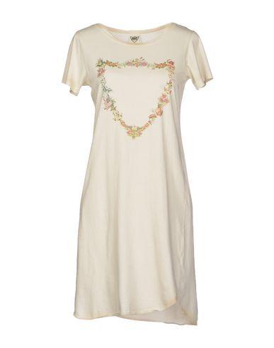 Короткое платье HTC 34461978VM