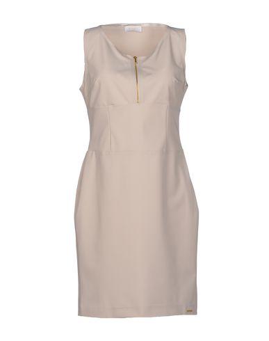 Короткое платье DEKKER 34463917UA