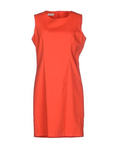 Короткое платье LIST 34501431MU