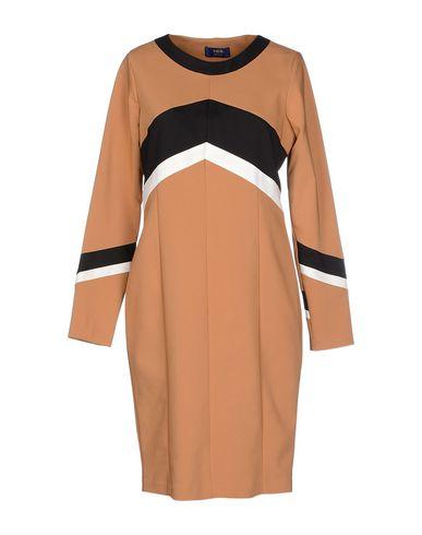 Короткое платье VIEW 34514968XM