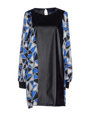 Короткое платье VIEW 34537245AA