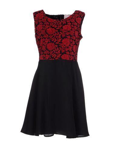 Короткое платье ROMEO & JULIET COUTURE 34554170PE