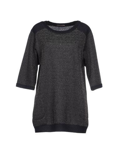 toy-g-sweatshirt-female