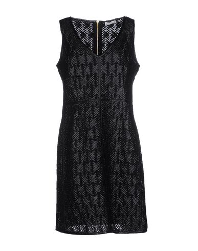 Короткое платье SUPERTRASH 34573267OF