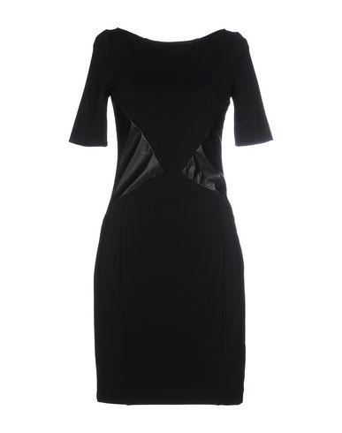 Короткое платье GUESS BY MARCIANO 34579410JB