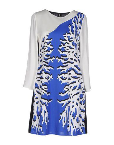 Короткое платье 1 ONE 34581395SP