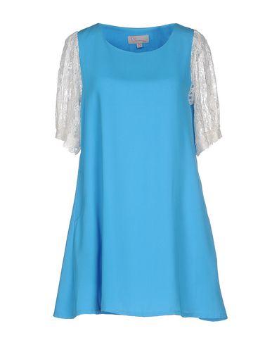 Короткое платье CHARMING 34592871MM