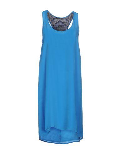 Короткое платье JO NO FUI 34595669DX