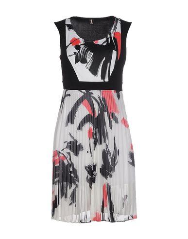 Короткое платье 1 ONE 34610818WL