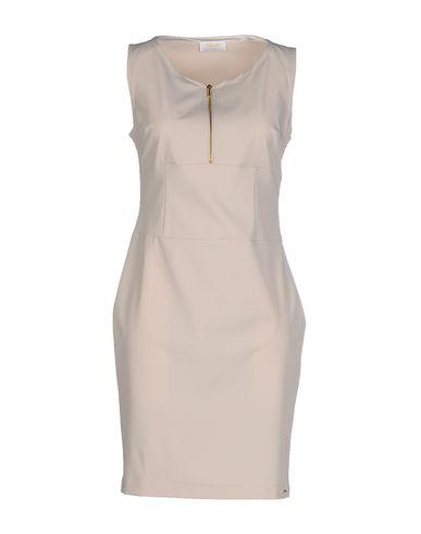 Короткое платье DEKKER 34617259PX