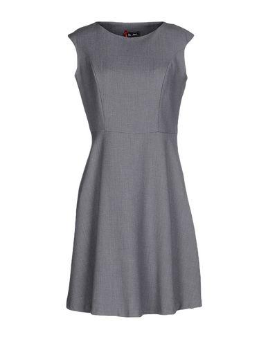 Короткое платье SINEQUANONE 34630315TO