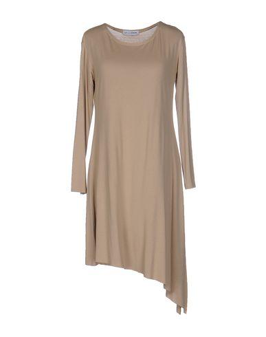 Короткое платье LO NOT EQUAL 34639182LG
