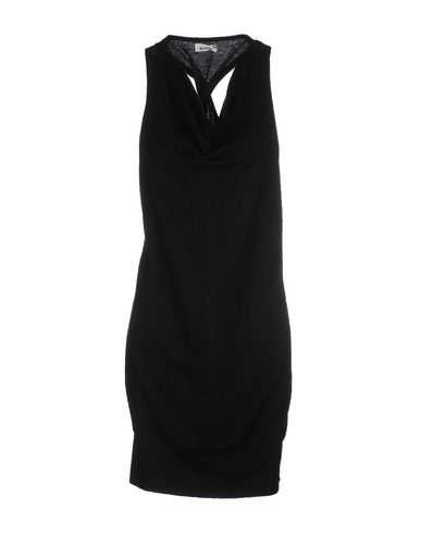 Короткое платье BENCH 34641756SA