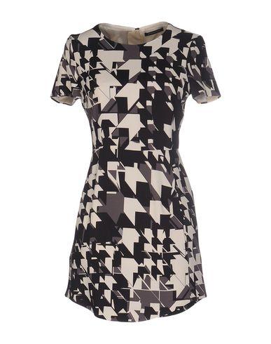 Короткое платье STRENESSE 34645405KP