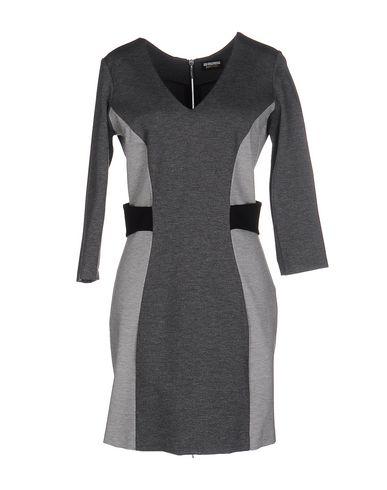 Короткое платье DIRK BIKKEMBERGS SPORT COUTURE 34648892EV
