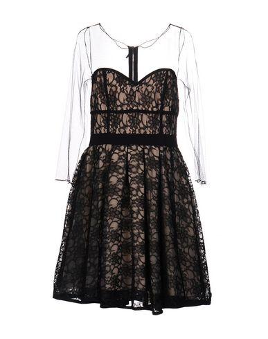 Короткое платье MANGANO 34656247IG