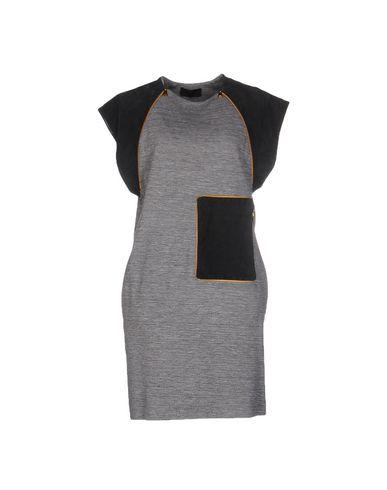 Короткое платье JO NO FUI 34657876MR