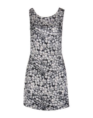 Короткое платье BEAYUKMUI 34658499XI
