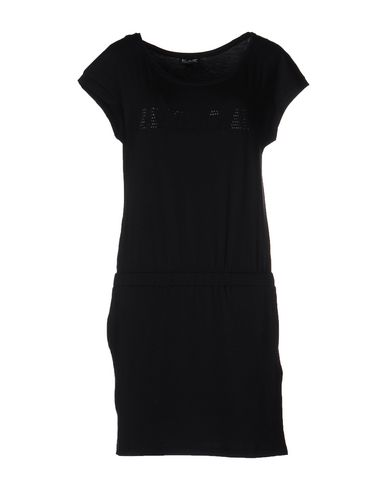 Короткое платье EA7 34666775GV