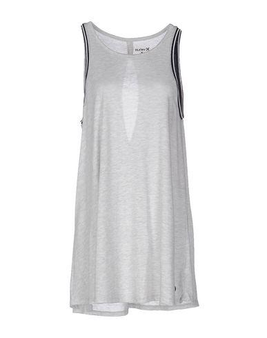 Короткое платье HURLEY 34677565SW