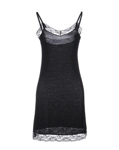 Короткое платье LIST 34683588VC
