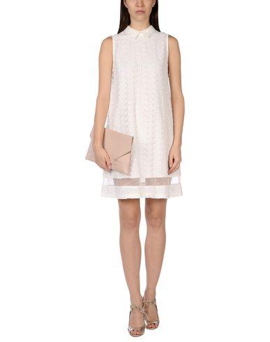 Короткое платье ALICE+OLIVIA 34686032EA