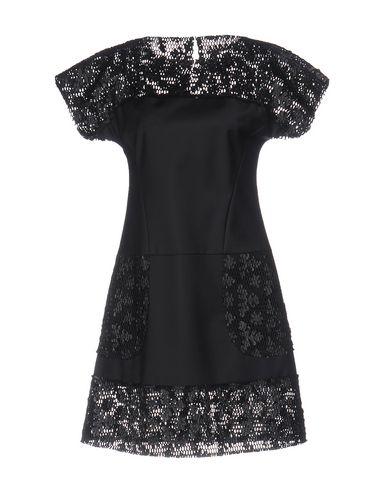 Короткое платье KARL LAGERFELD 34687574NO