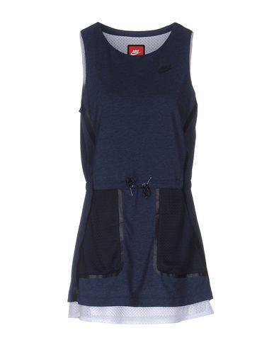Короткое платье NIKE 34688219LU