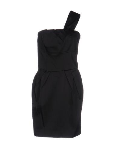 Короткое платье TOY G.. Цвет: черный