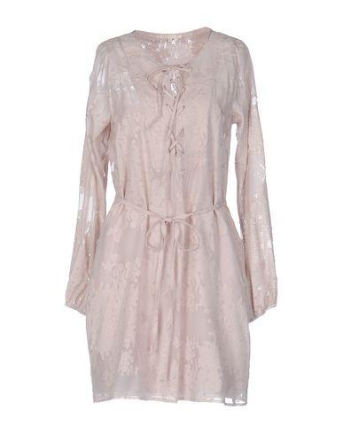 Короткое платье GOLD HAWK 34693350KU