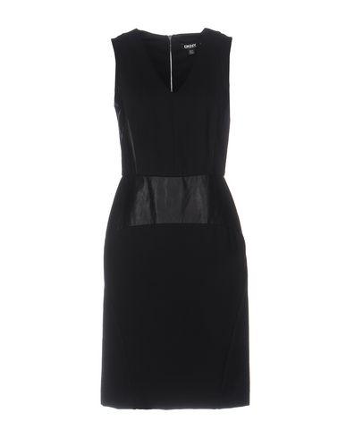 Короткое платье DKNY 34695884LJ