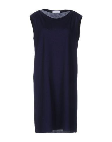 Короткое платье LACOSTE 34696958LG
