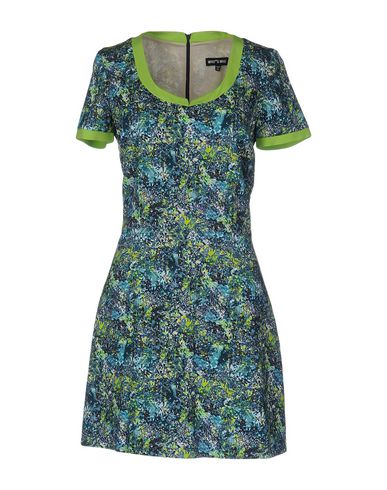 Короткое платье WHO*S WHO 34698957KE