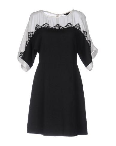 Короткое платье JO NO FUI 34699060RK