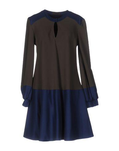 Короткое платье JO NO FUI 34699065PL