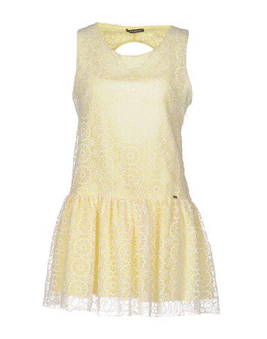 Короткое платье PHARD 34699414EG