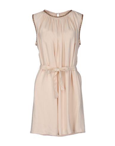 Короткое платье NUMPH 34702894TS
