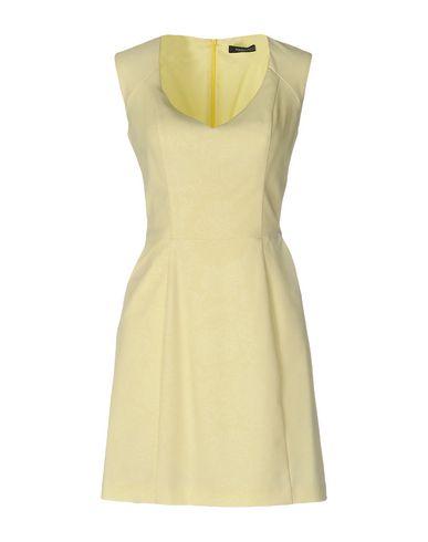Короткое платье GUESS BY MARCIANO 34703600AJ