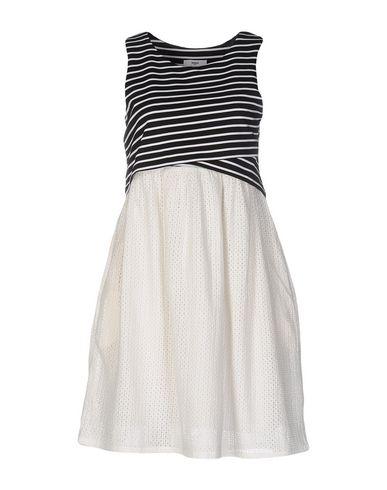 Короткое платье SUNCOO 34704941GQ